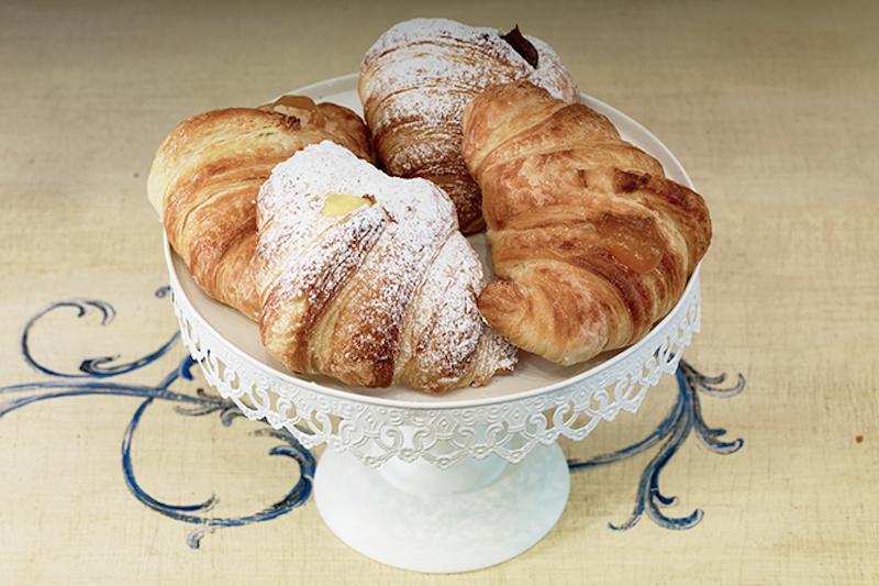 pastichèri-milano-via-canonica-72-pasticceria-tradizionale-specialità-colazione-brioches